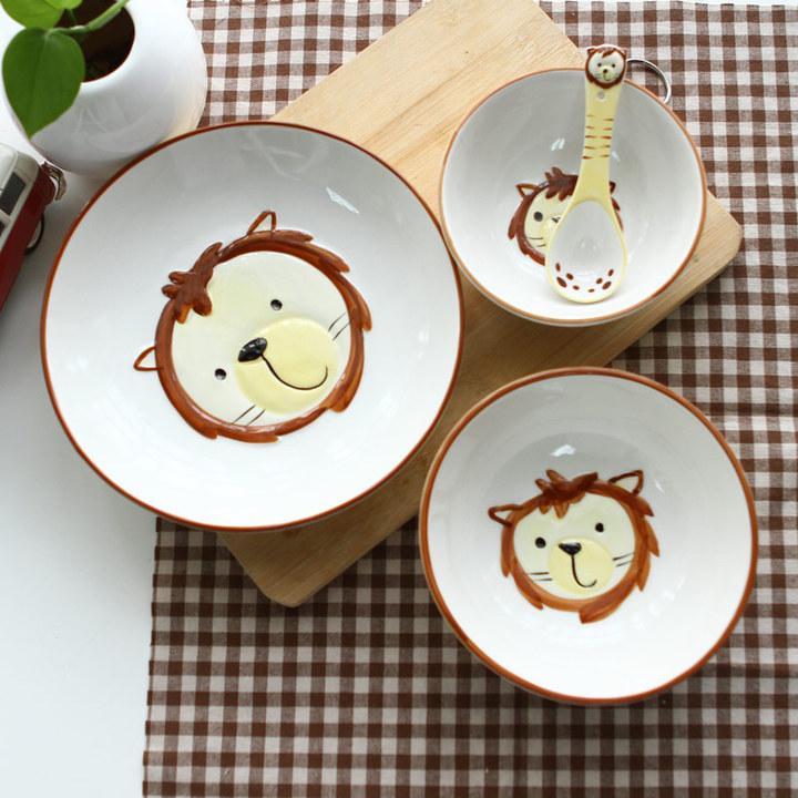 超级可爱的手绘动物的盘子套装!简直萌化你的心!