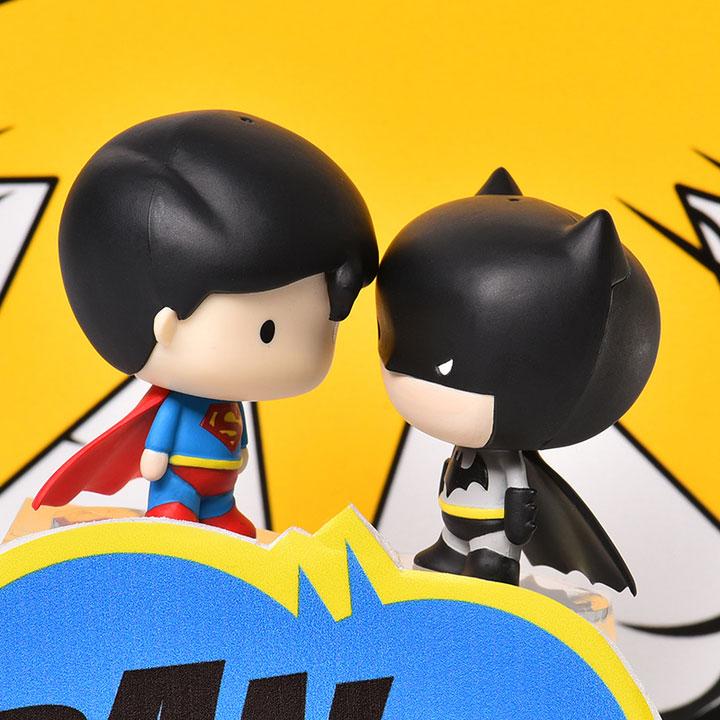 蝙蝠侠和猫女卡通头像_手绘